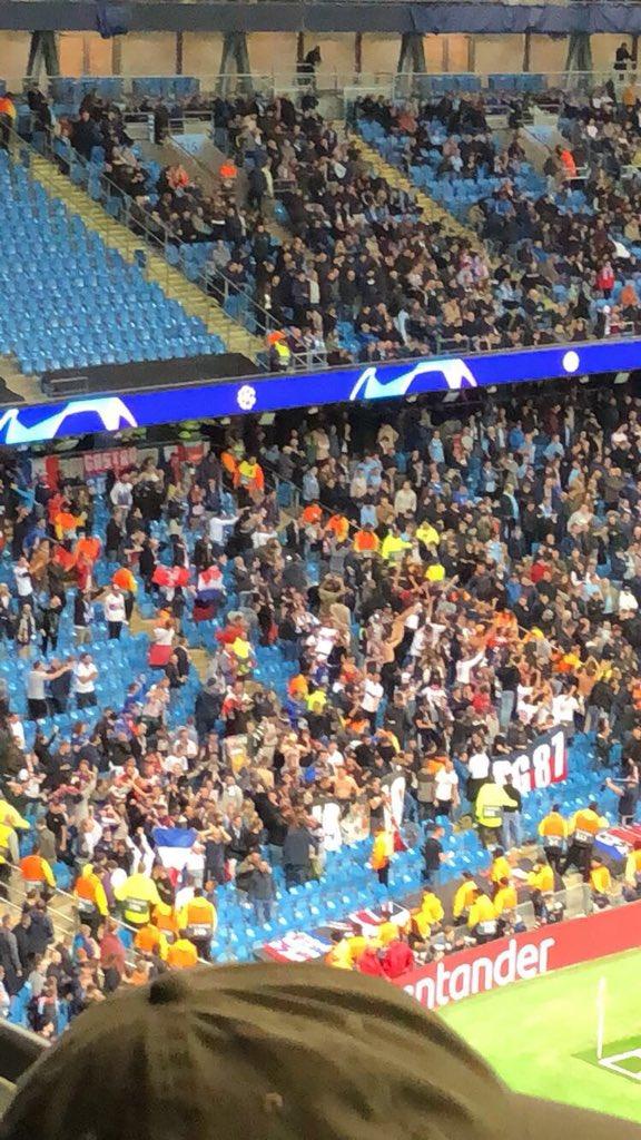 2-0 Lyon 😳 away fans going mental