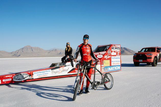 test Twitter Media - American Denise Mueller-Korenek smashes cycling land speed record https://t.co/7FodARAK3y https://t.co/wCix1y5Hly
