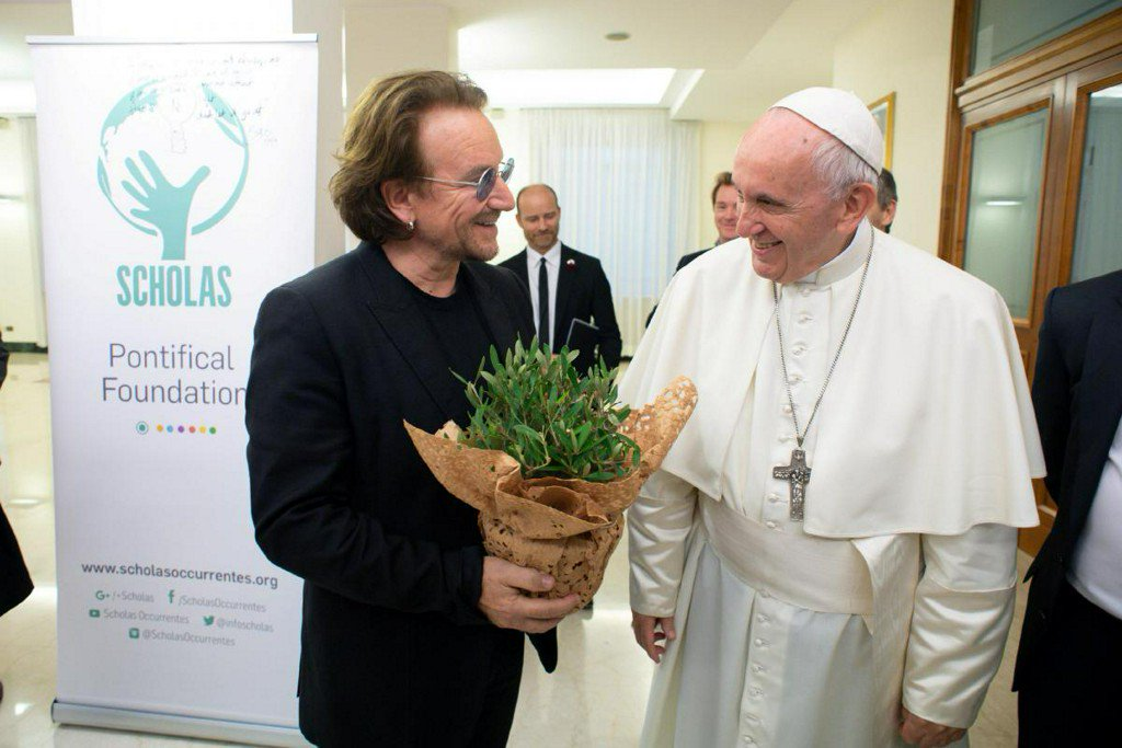 U2's Bono and Pope discuss Irish sexual abuse crisis https://t.co/iVYlHWnJW1 https://t.co/Jn0hkORVzZ