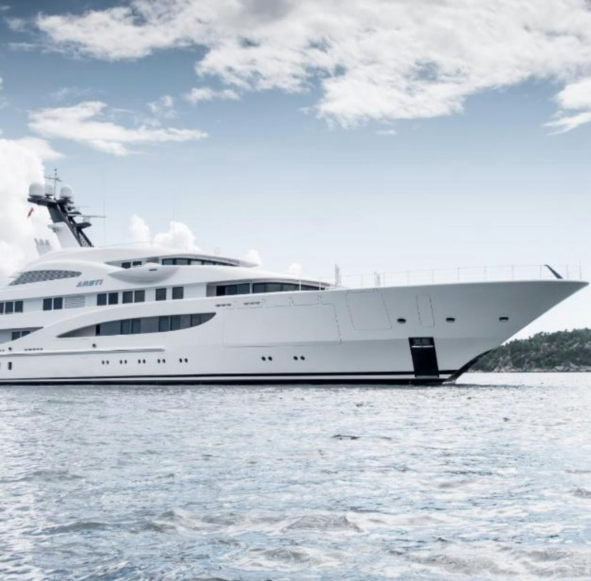 They are the most glorious vessels on the seven seas, but how is a luxury superyacht made? cnn.it/2QMxZLM