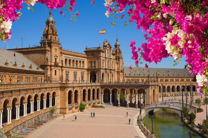 Weekend a #Siviglia  3 giorni  Volo + Hotel 3* centrale con  piscina a soli  122€ INFO  https://goo.gl/aj6ov6  - Ukustom