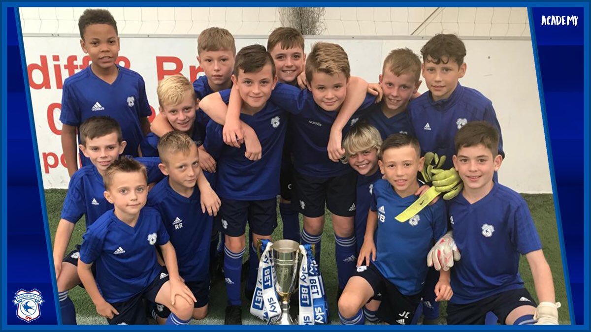 We welcomed back our U9, U10 and U11 sides for their day release programme, today at @HouseofSportCDF! 💙 They were certainly in good company! 🏆 #CityAsOne 🔵⚽️🔵⚽️