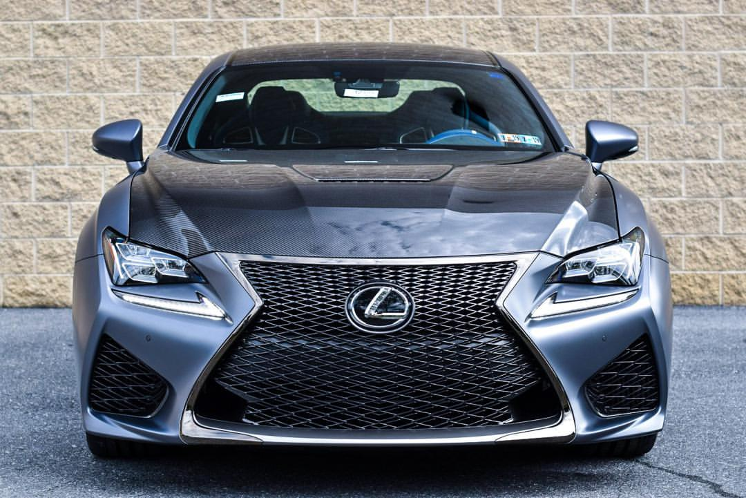 Confidence In Every Carbon Fiber. The 10th Anniversary  #LexusRCF!pic.twitter.com/NSiIOygGyL