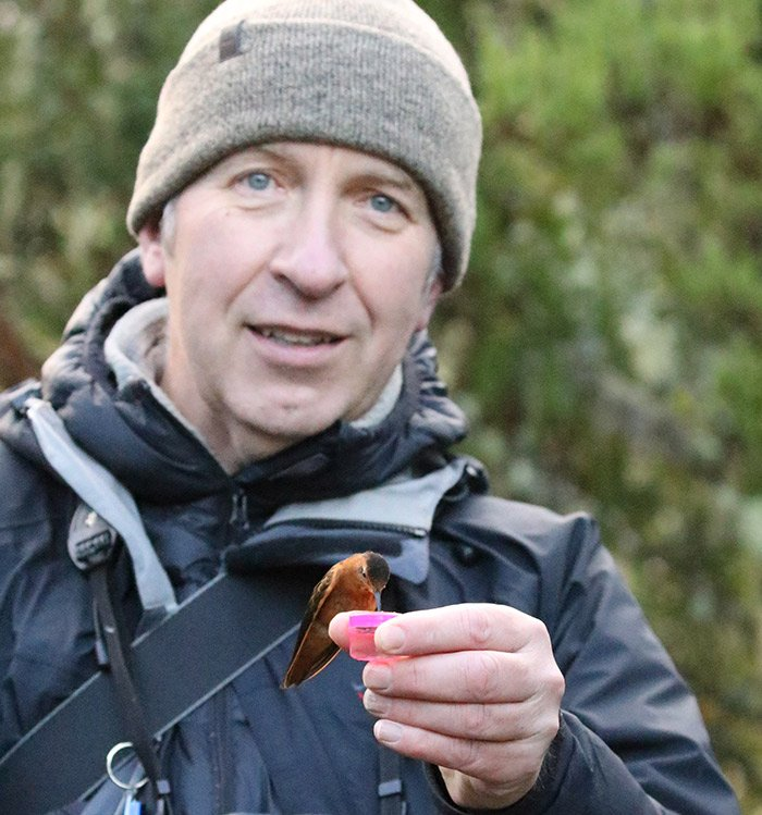 An obituary for my good friend Brian Field, has just been published by Rare Bird Alert . Photo here by Steve Smith with thanks. RIP Brian.  https://www. rarebirdalert.co.uk/v2/Content/Bri an-Field-obituary.aspx?s_id=243784318 &nbsp; … <br>http://pic.twitter.com/rF0gCYWXVl