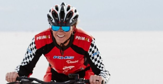 test Twitter Media - Imagine travelling at more than 180mph - on a BICYCLE.  Denise Mueller-Korenek has smashed the cycling land speed world record https://t.co/FD1MFXajpe https://t.co/5jVJN5OLF0