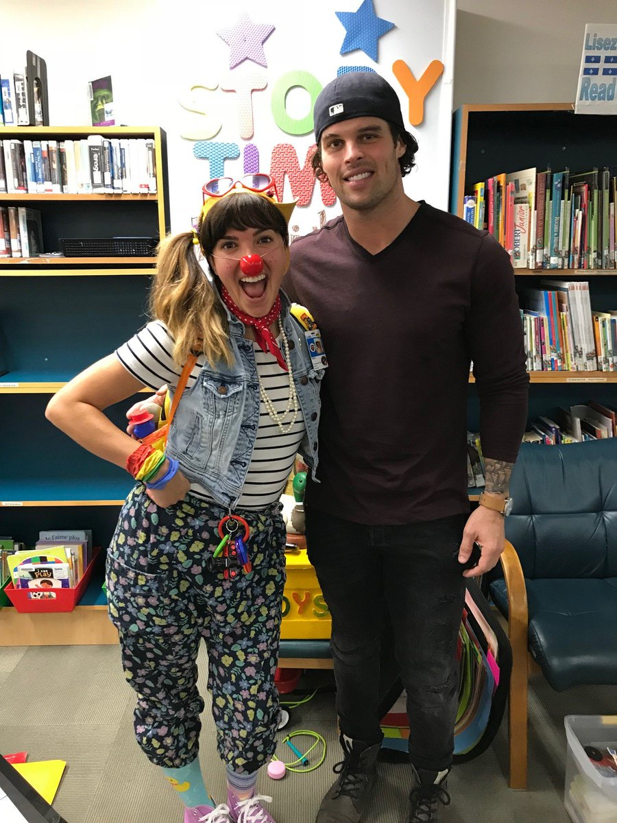 Last week @kevin_c_wendt joined Soleil for story time at SickKids. He also shared the exciting news that he'll be hosting a fundraiser for SickKids on November 3. Event details & tickets can be found here:  Thahttps://t.co/QZucCu6Umwnk you, Kevin, for your support of SickKids!