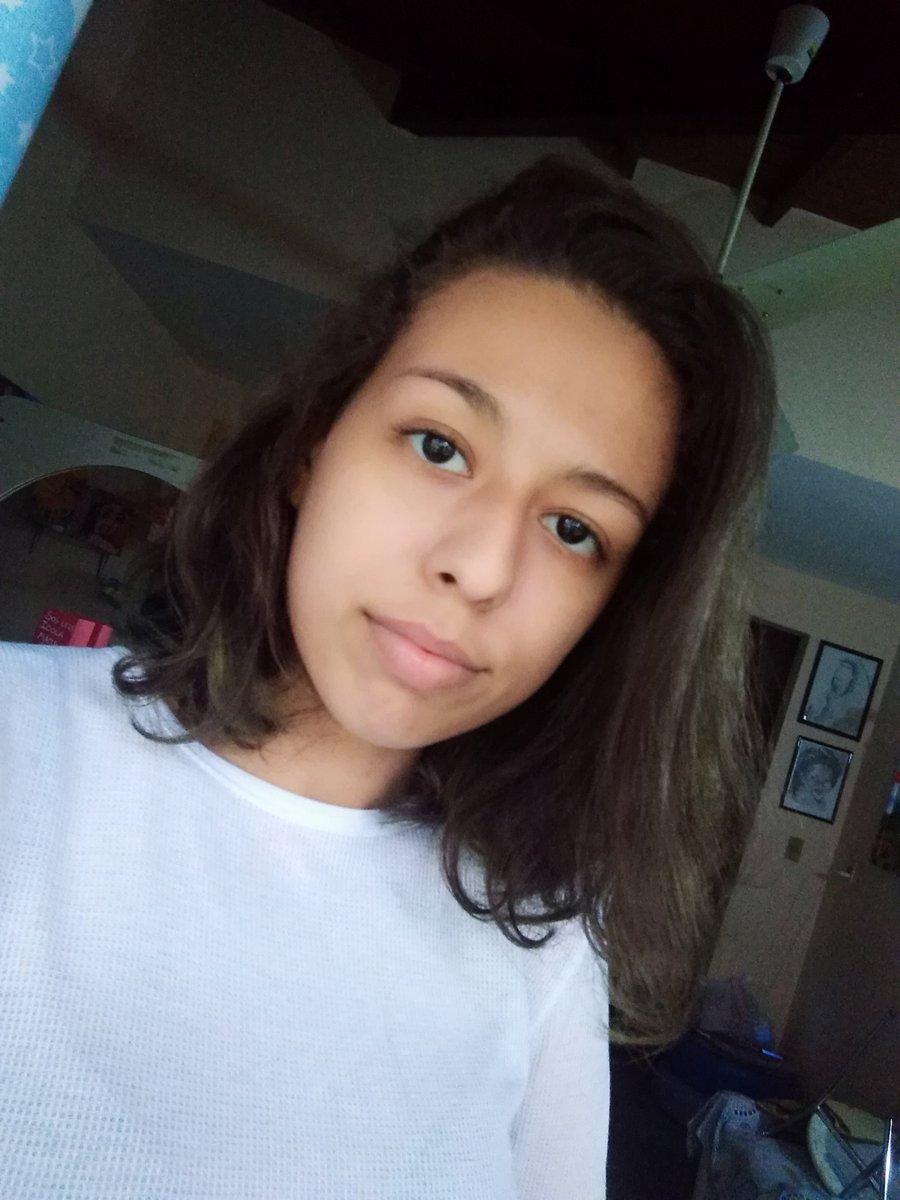 Nicole Villanueva's photo on #selfieforseb