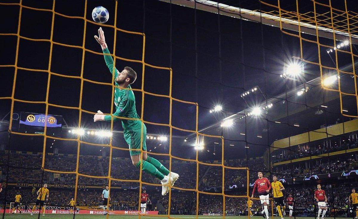 3⃣ points 3⃣ goals ✅ Clean sheet  ❤ @ChampionsLeague