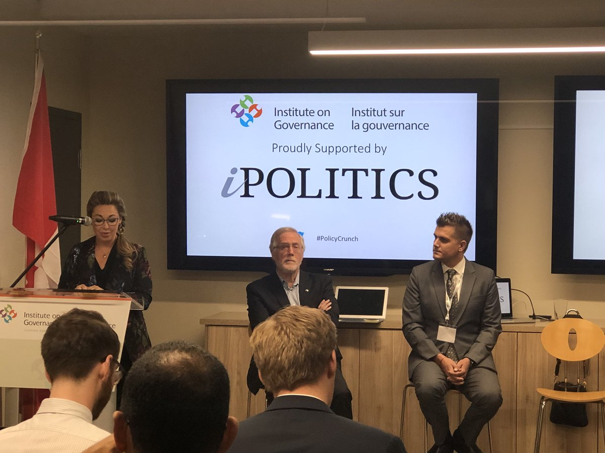 Tweet embedded media