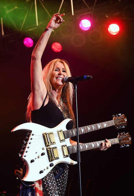 Happy Birthday to Lita Ford! Wonderful to work with her at the Cannery Casino Las Vegas this summer.