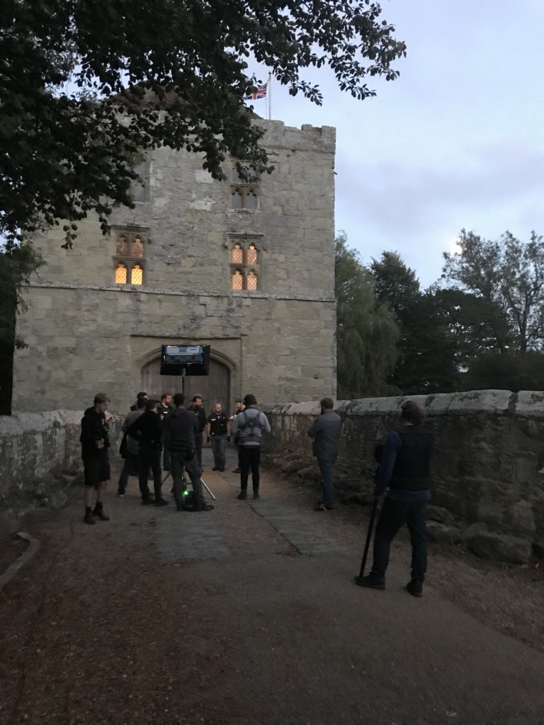 Just wrapped two of the best ghost hunts of Achievement Haunter yet. Thank you England for your hospitality and ghosts. #achievementhaunter @AchievementHunt @RoosterTeeth #blighty