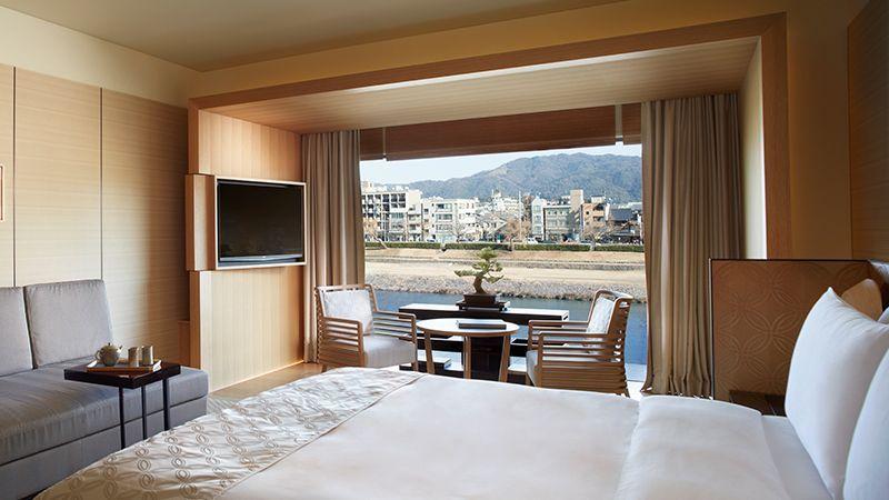 『ザ・リッツ・カールトン京都』の宿泊をプレゼント!  京都の景色を、まったりホテルから堪能しよう。   応募方法: ①このアカウントをフォロー ②このツイートをRT   〆切は9/24(月) 23:59、詳しくはこちら。 https://t.co/U9m2G52lS3
