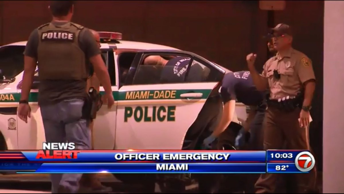 Miami-Dade Police officer becomes ill in pursuit of subject in Miami https://t.co/2VZJ9TVxZh