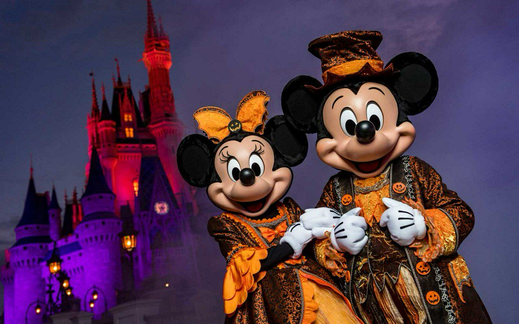 11 theme park Halloween celebrations that'll have you screaming for more https://t.co/IUpWDucvkR https://t.co/9Lfz0b2jnX