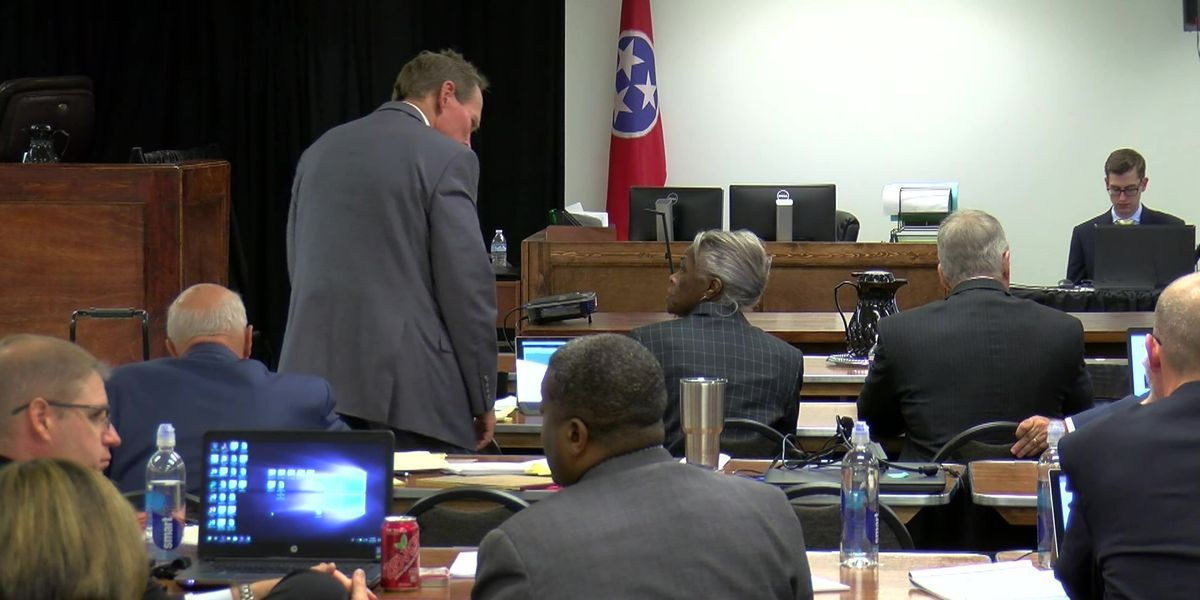 Testimony wraps in trial over mishandled burials #wmc5 >>https://t.co/315By2tnqP