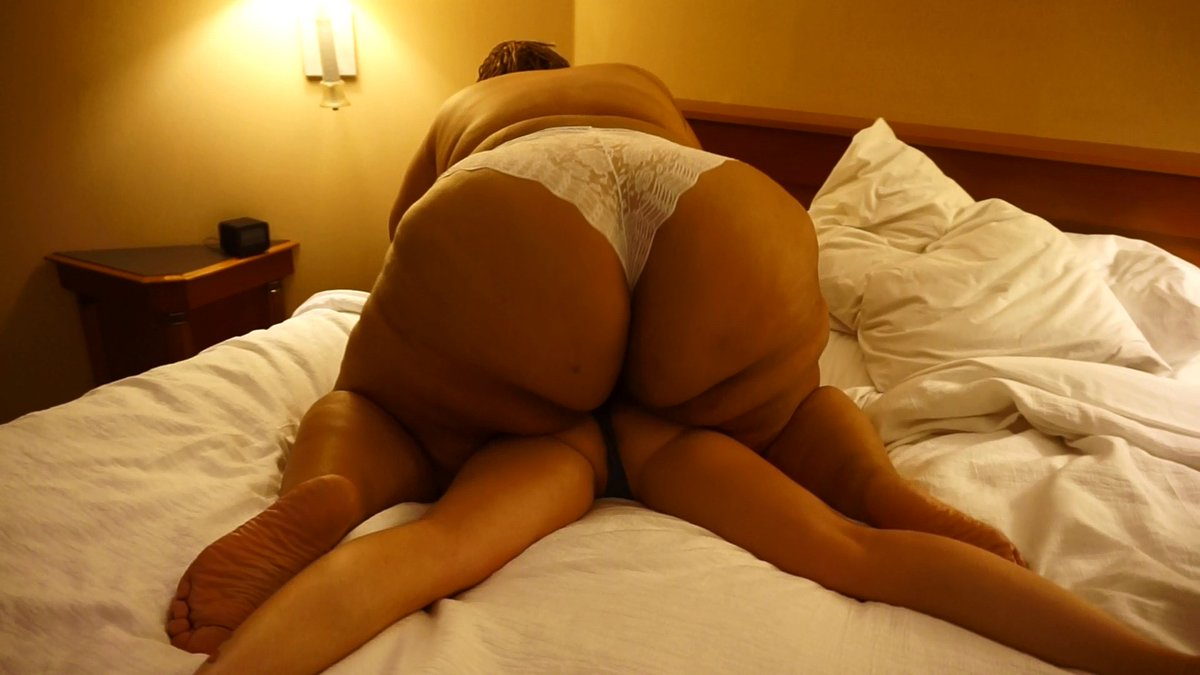 Bbnaija winner, mercy eke, flaunts her massive butt in sexy photo