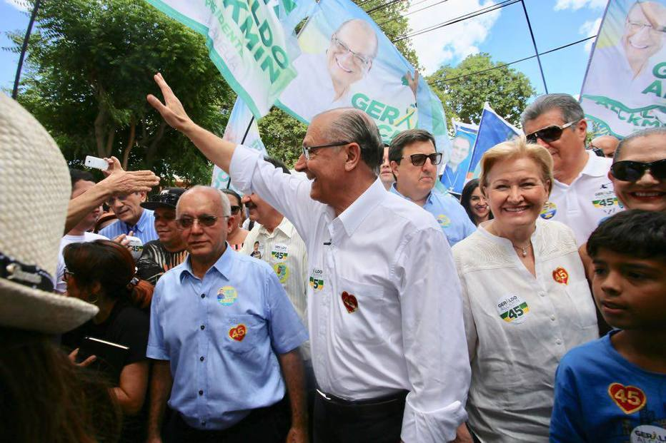>@EstadaoPolitica Gastos com voos fretados nas eleições 2018 passam de R$ 11 milhões https://t.co/OnYljiF7ZA