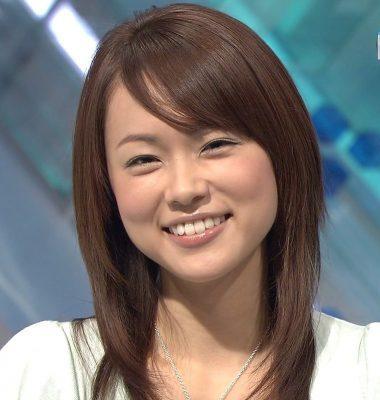 本田朋子歯を出してニッコリ笑顔