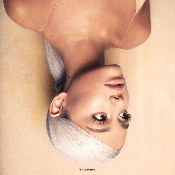 #Breathin è il nuovo singolo di @ArianaGrande in tutte le #radio da domani-estratto dal\