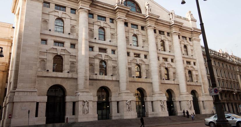 Borse positive, Piazza Affari in prima fila con le banche. Spread in area 217 https://t.co/ZcMSBGwRnu