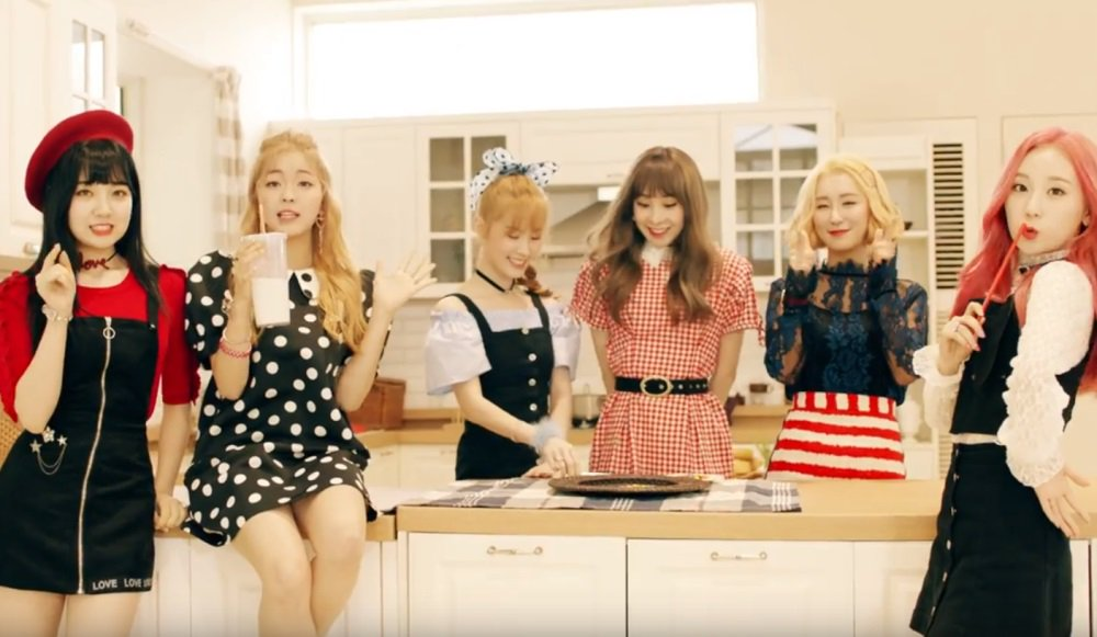 S.I.S 'Say Yes' in adorable MV! https://t.co/rSM2keopbO
