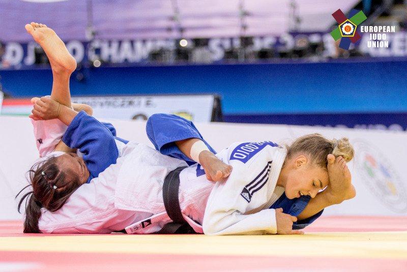 Эротические фотографии чемпионки мира по дзюдо