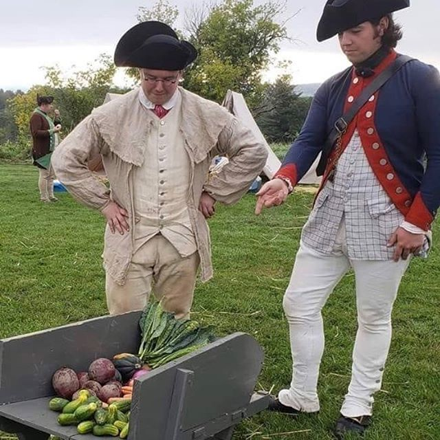 One of our corporal purchasing provisions for the troops. #2ndmassachusetts #reenactment #revolutionarywar #patriots #food https://t.co/t9PXqbBY7l