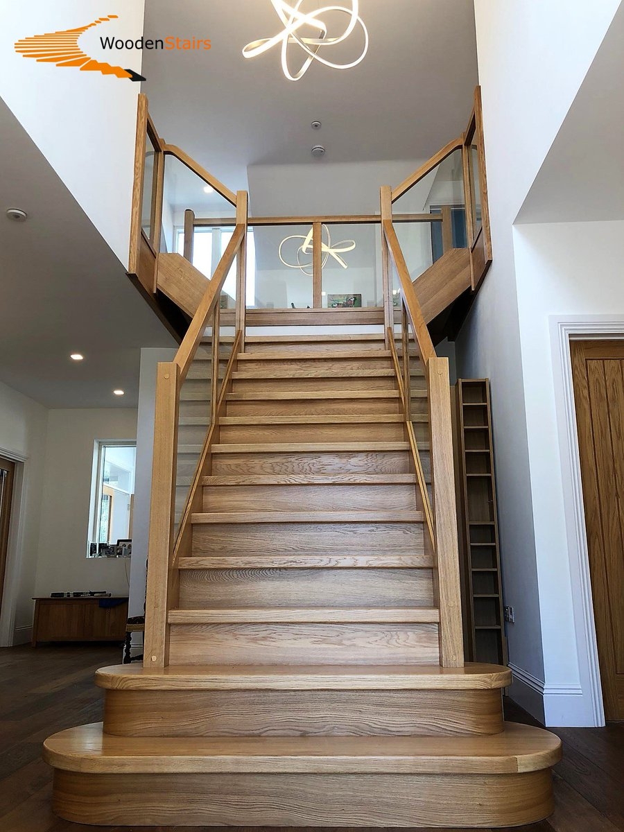 A Grand Solid Oak Staircase With An Enhanced Entrance Created By Two,  Large, Side Curved Bullnose Steps. Glass Balusters And Landing Galleries  With Solid ...