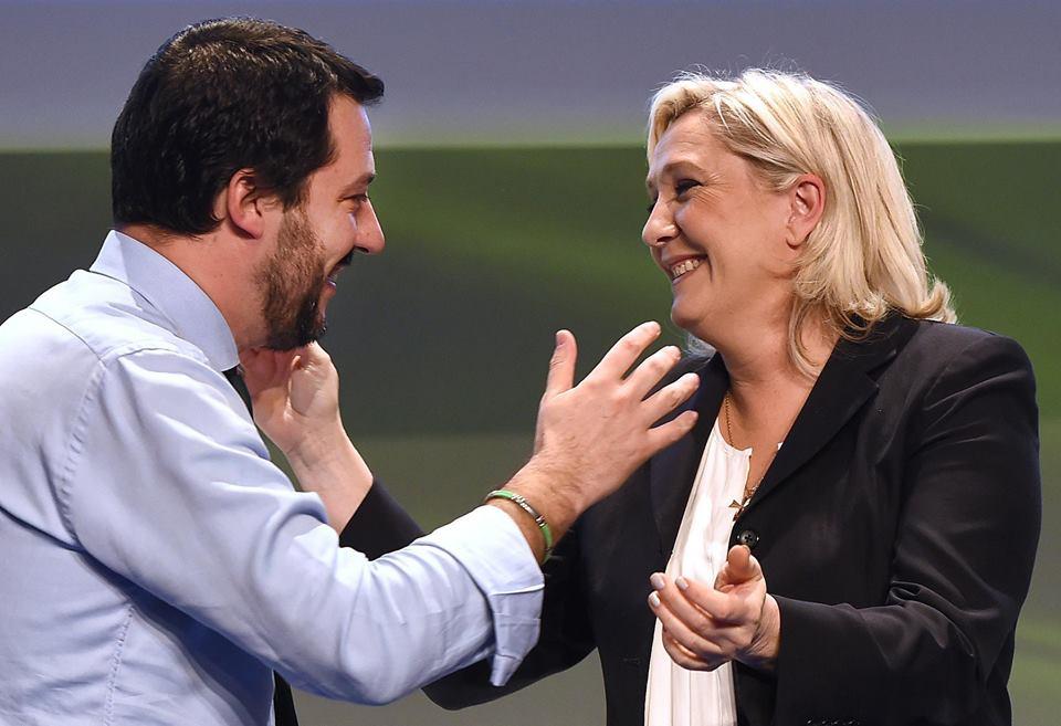 Una procura ordina una #periziapsichiatrica per Marine Le Pen. Non ho parole! Solidarietà a lei e ai francesi che amano la libertà! @MLP_officiel #LePen