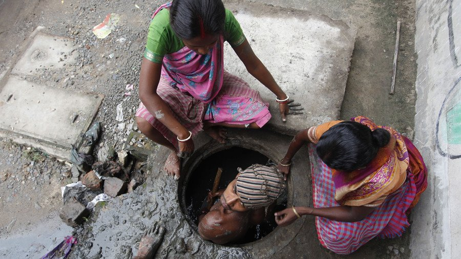 Indian sewer deaths: 1 worker killed every 5 days, govt stats reveal   https://t.co/TCoqkjWOBP https://t.co/oCxskm14iN