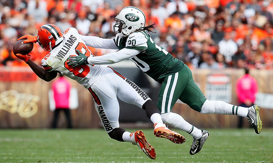 NFL TV schedule: What time, channel is Jets vs Browns on Thursday Night Football (9/20/18)? How can you watch the Jets vs. Browns game on television this week? Who: Jets vs Browns NFL Game When: Thursday, September 20, 2018 Kickoff: 8:20 p.m. Eastern #NYJvsCLE #NFL<br>http://pic.twitter.com/oxAFCPEPRJ