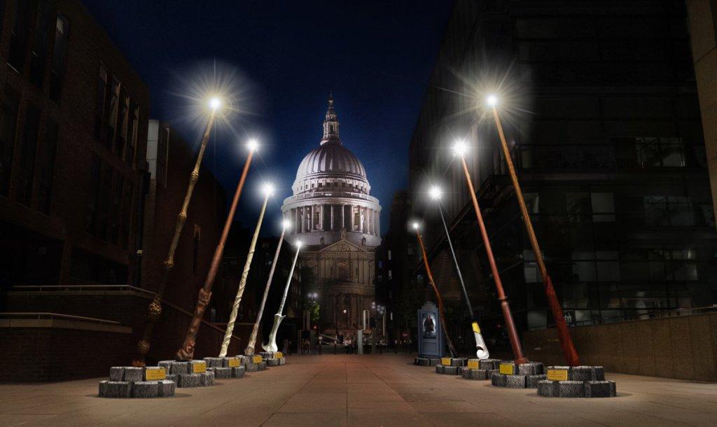 #HarryPotter: nove bacchette giganti illumineranno Londra questo autunno  http:// www.portkey.it/sito/2018/09/20/harry-potter-nove-bacchette-giganti-illumineranno-londra-questo-autunno/  - Ukustom