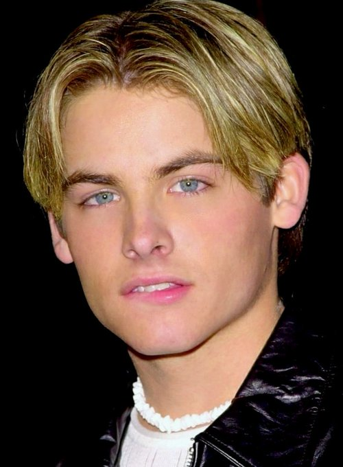 Kevin Zegers September 19 Sending Very Happy Birthday Wishes! Continued Success!