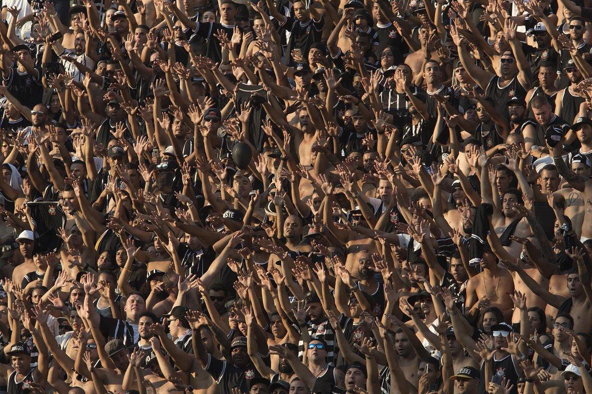 Corinthians x Internacional  ingressos à venda nas bilheterias e na internet!  Vamos chegar 1bc0de1bbc812