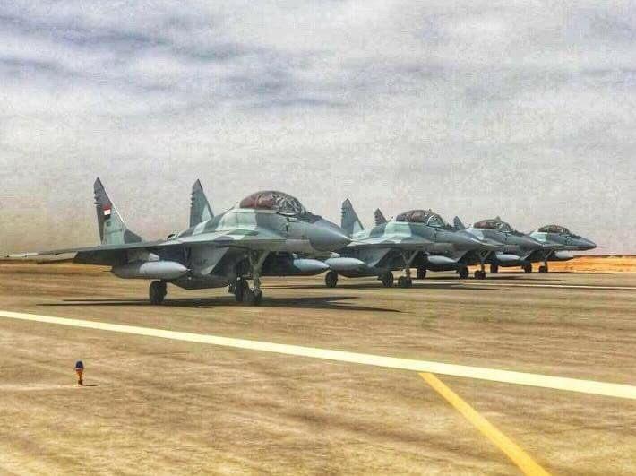 """50 مقاتلة من طراز """"ميغ-29"""" إلى مصر - صفحة 3 DnjDwd2W0AA13ou"""