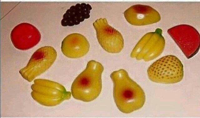 Just retweet if you still remember these fridge deco-magnets...🙋🏾♂️