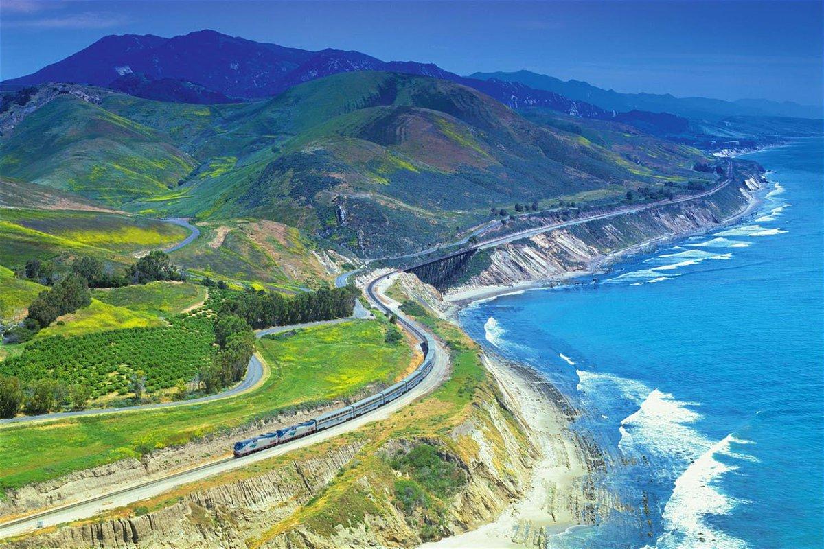 All aboard! The USA's most scenic train routes https://t.co/p0tC1v54Qq https://t.co/w7m4VW41o1