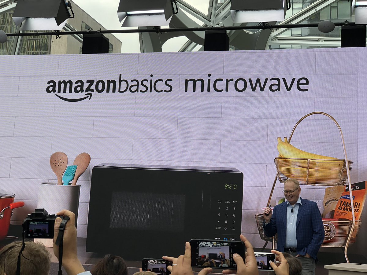 Yes Alexa is coming to the microwave. From #anazonevent @usatodaytech
