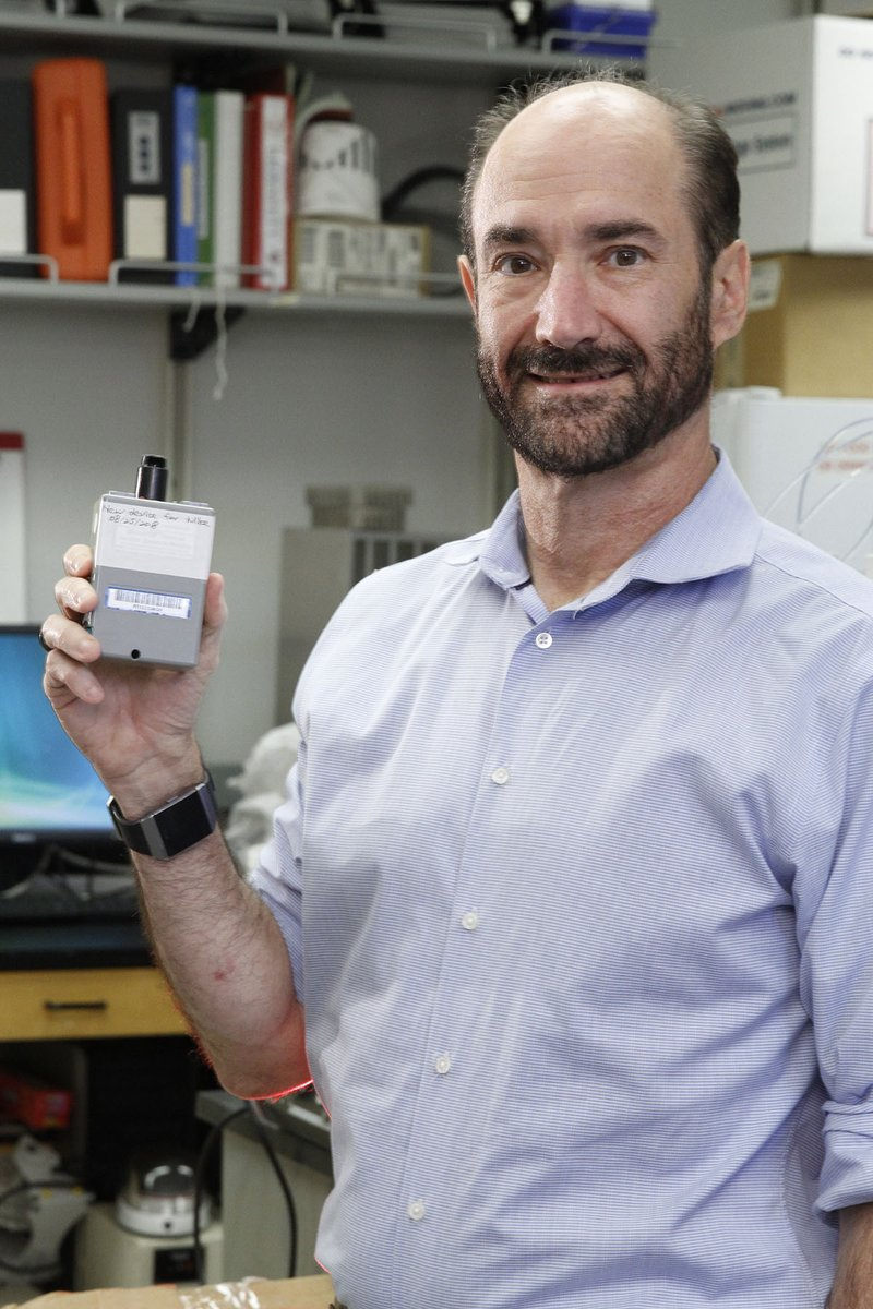By wearing this modified air monitor, Michael Snyder, chair of genetics at Stanford, has found a way to measure and map his exposome—all the airborne particles he encounters in his daily life. (What I wouldnt give to wear one for a few weeks.) My latest: wired.com/story/exposome…