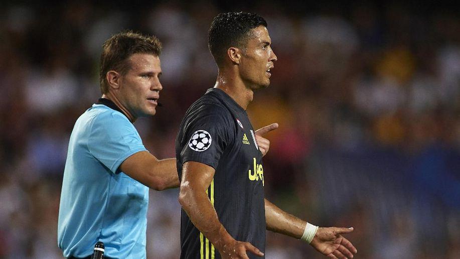 Kartu Merahnya Akan Diselidiki UEFA, Sanksi Ronaldo Bisa Bertambah https://t.co/yyVYSMi39Z via @detiksport https://t.co/v8iahdCm0E