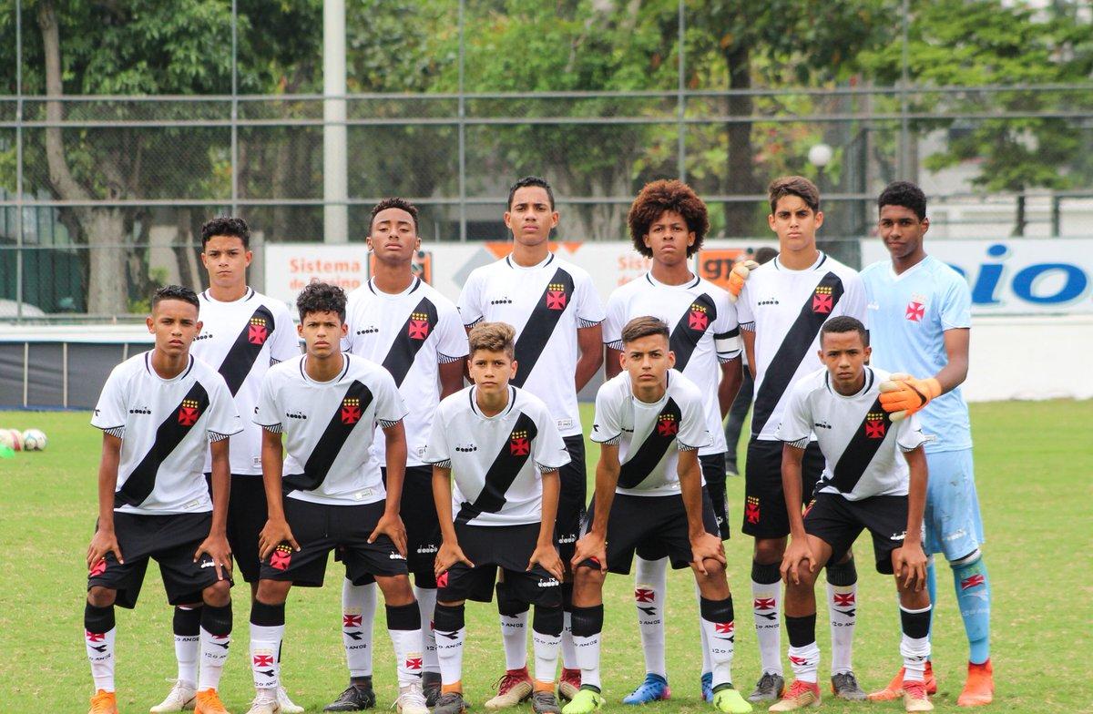 NA FINAL, TAMBÉM!  Vitória do Vasco 1 x 0 Flamengo e vaga na final!     Taça Guanabara - Semi   Sub 14 💢⚪️⚫️  📸 Matheus Lima/Divulgação  #RaizÉSerVasco #BaseForte