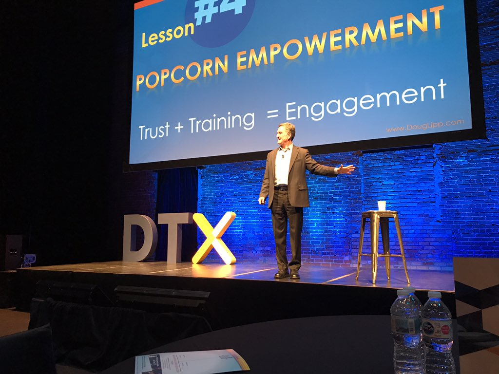 Our afternoon keynote is none other than @DougLipp and we're learning that the basics of safety, courtesy, show and capacity all contribute to making magic. #DTX2018 https://t.co/UdyEQ9wNPm