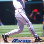 Image for the Tweet beginning: Mizuno's iconic 9 SPIKE®cleats THEN