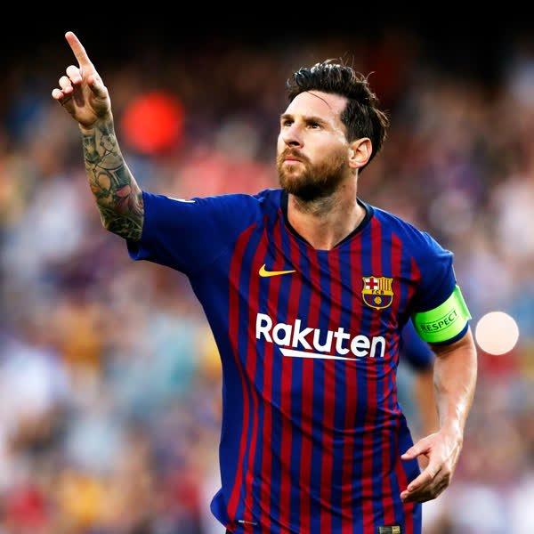 Leo #Messi bags 3️⃣ vs PSV! ���� https://t.co/i7WjhQy3j7