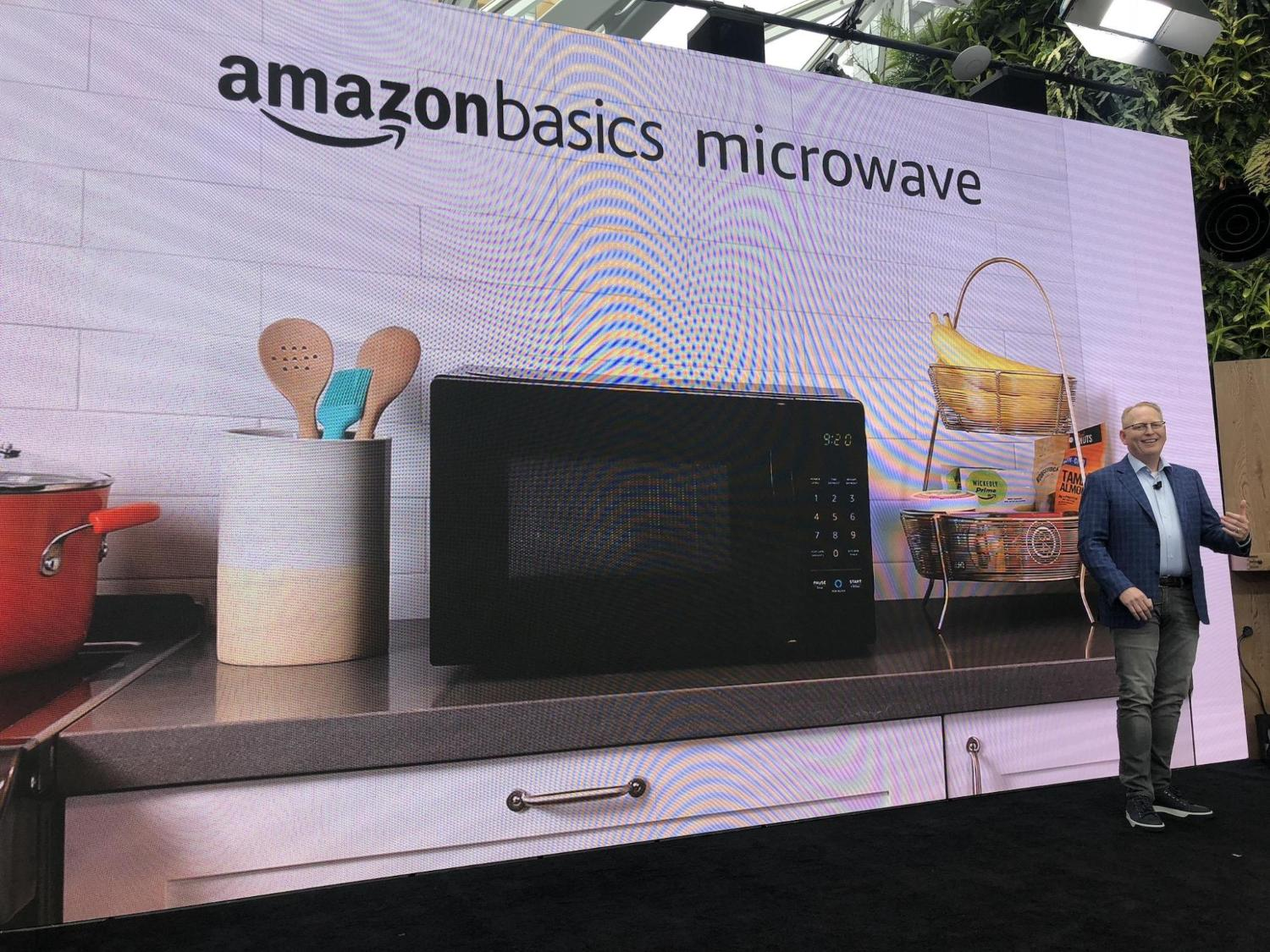Amazon just released a microwave that connects to the internet https://t.co/hnNB20PFbJ https://t.co/tv7AFSFqvz
