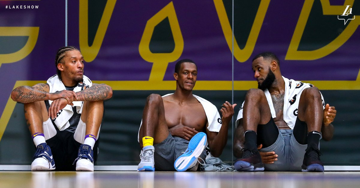 All we can do is wait. #LakeShow https://t.co/VTQr0FtLUG