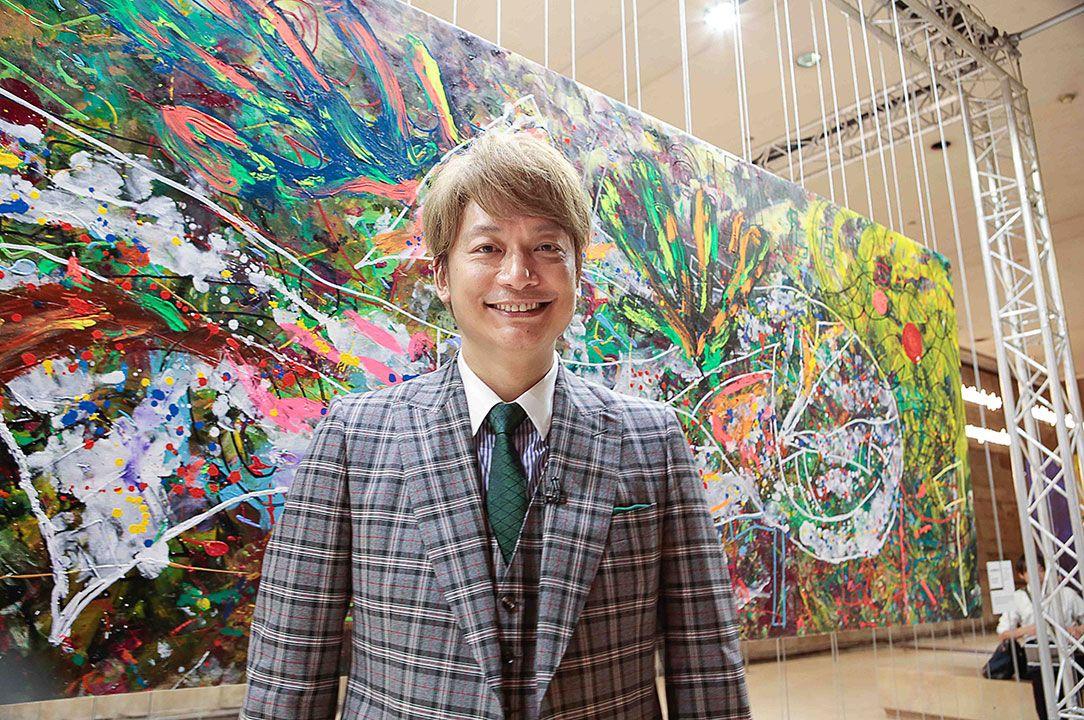 現地に行けない方も作品をチェック!➡︎https://t.co/6oHdwr3bN9  香取慎吾さんがルーヴル美術館で初の個展「NAKAMA des ARTS」を開催。約110点の展示内容を紹介します! @atarashiichizu @ktrsngofficial