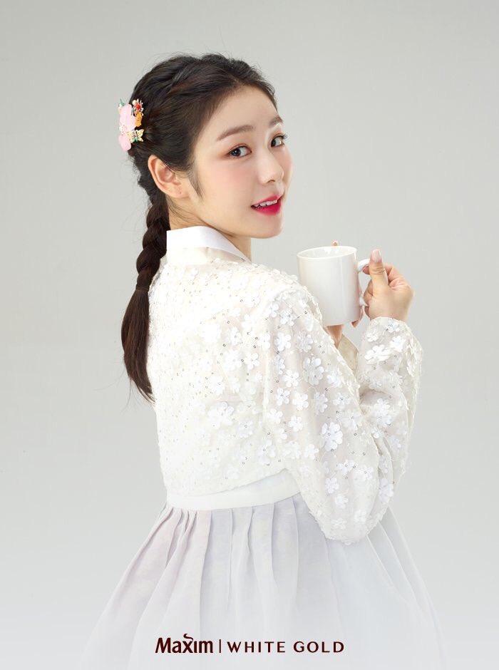 Юна Ким - Страница 5 DnlbI7pU4AEgOmr