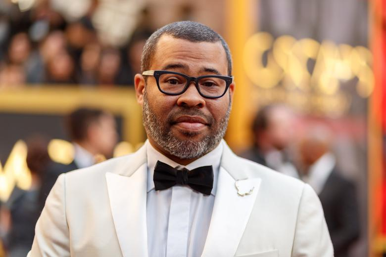 Jordan Peele will lead us into another dimension as host of the Twilight Zone reboot: https://t.co/doeC0kj3YX https://t.co/5R1sLIgk3M