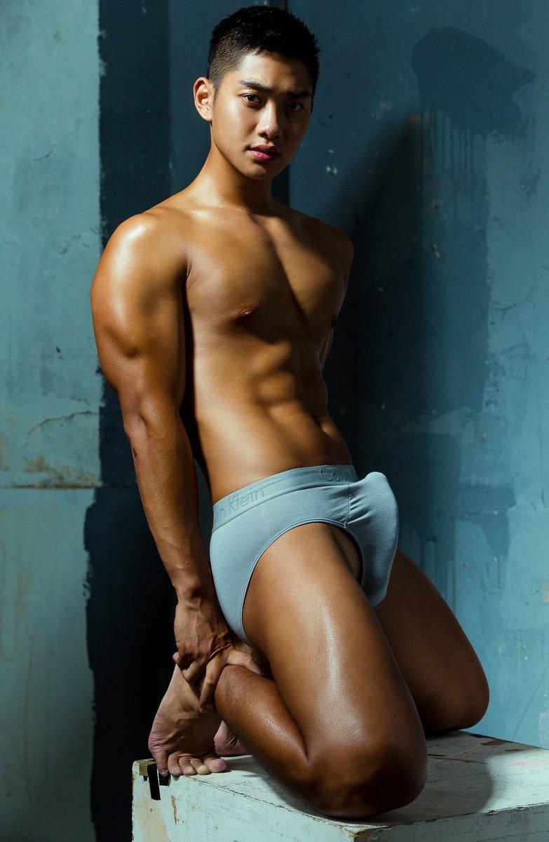 China naked male model